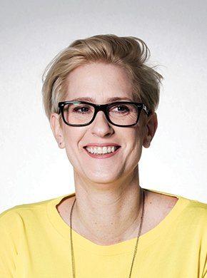 Nicola Dietrich