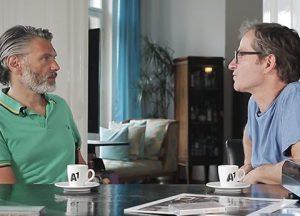 2 Männer beim Reden