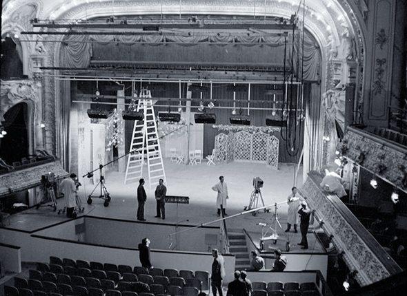 theaterbühne als studio
