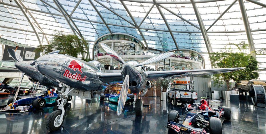 Red Bull Hangar-7 © Helge Kirchberger